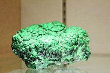 Malachite specimen on display at the NIH Clinical Center.