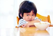 A boy who refuses to eat