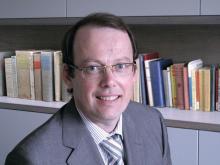 Dr. Dirk Elewaut