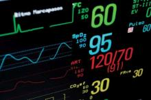 ICU monitor, showing values for cardiac frequency, O2 saturation, arterial pressure, CO2ef, FRva and pulse.