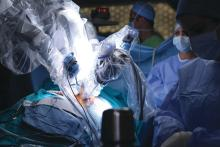 Minimally invasive robotic durgery with the da Vinci Surgical System.